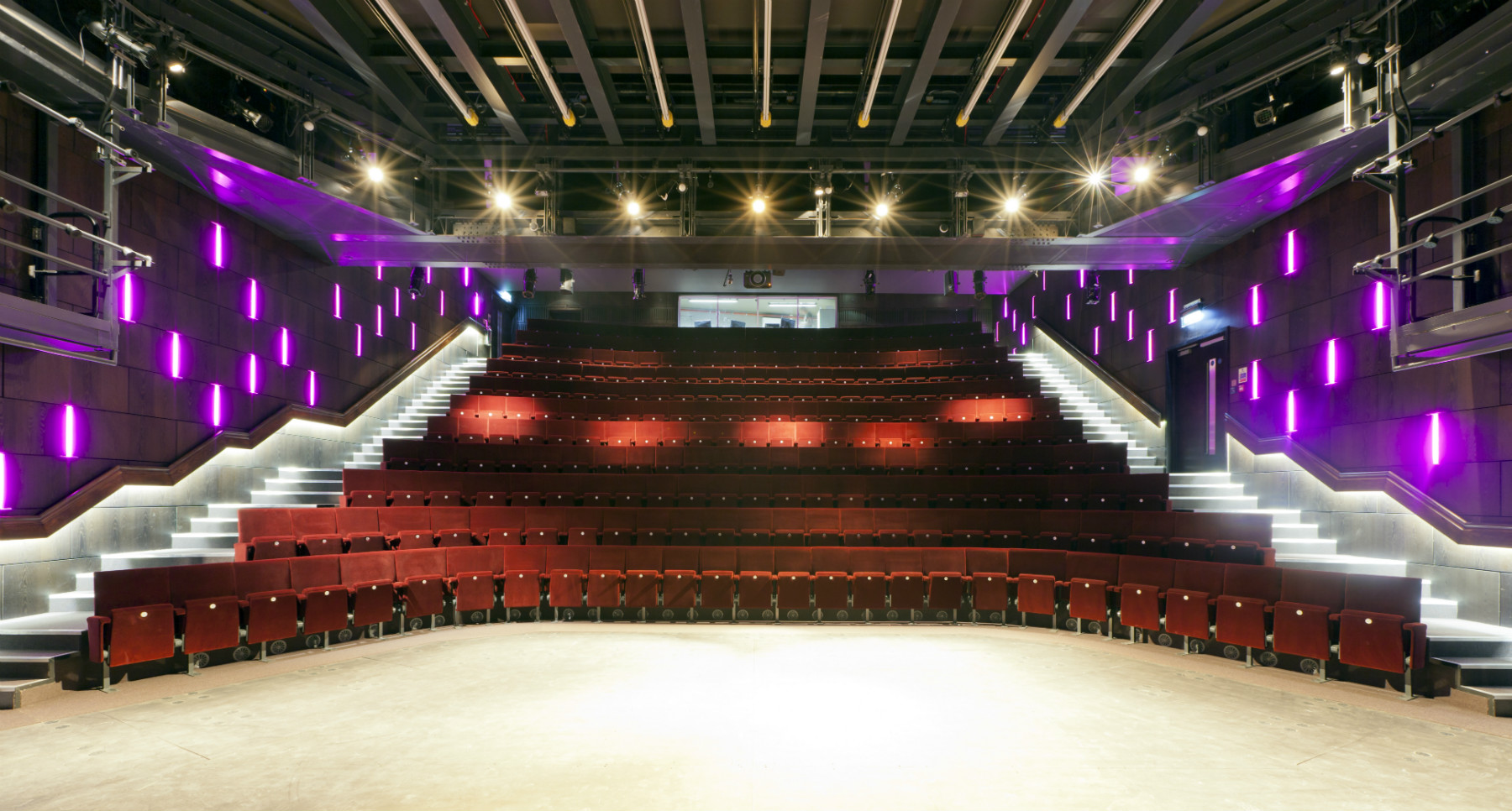 London-St-James-Theatre-Auditorium-from-stage-1_c-Tom-Cronin-small